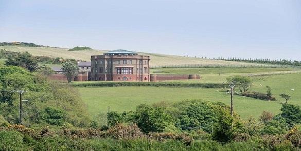 На острове в Ирландском море продается дом изобретателя термостата. 402785.jpeg