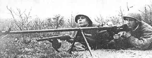 Чем воюют ополченцы: палка против танков. Чем воюют ополченцы: палка против танков