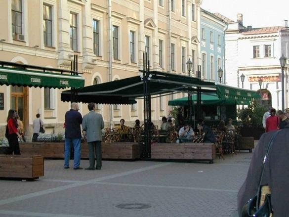 Московские рестораторы готовятся к открытию сезона летних кафе. 400794.jpeg