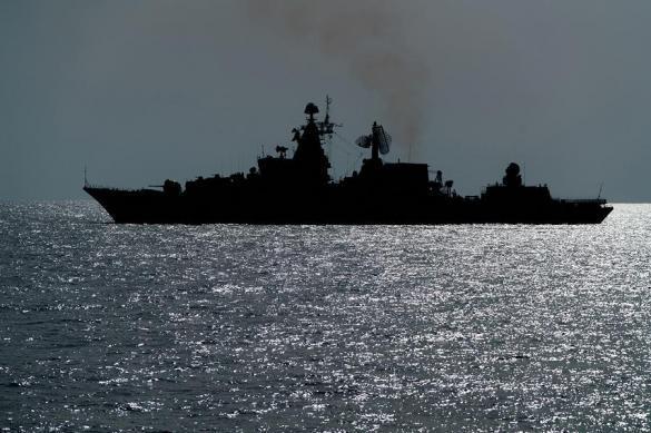 Названа причина выхода российских кораблей из порта в Сирии. 385795.jpeg