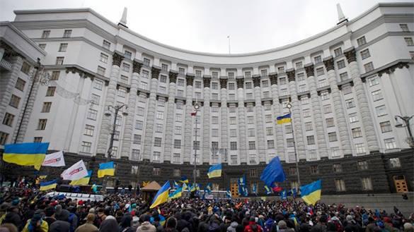 На Украине хотят запретить торговлю российскими товарами и их транзит. верховная рада украина парламент