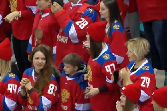 Олимпийцев встретили в Шереметьево гимном России. Олимпийцев встретили в Шереметьево гимном России