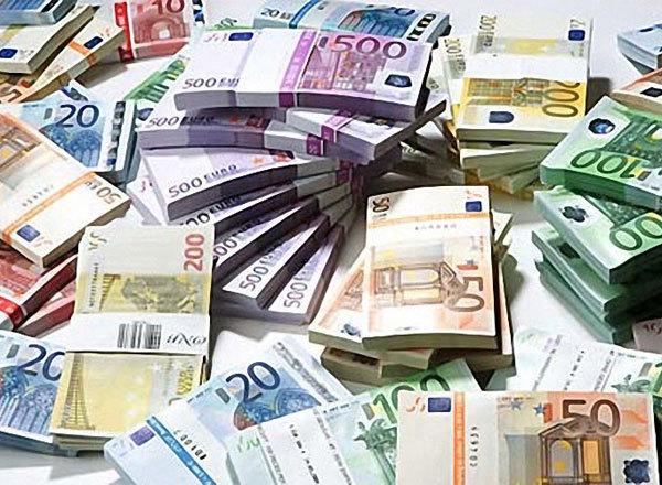 Богатый малайзиец подарил 1 млн евро оказавшемуся в бедственном положении Римскому оперному театру. евро деньги