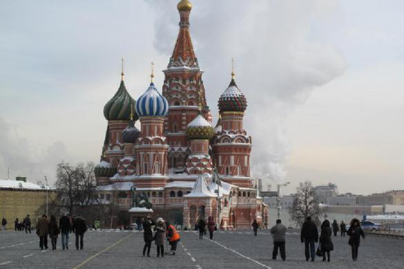 Поток туристов в храм Василия Блаженного хотят ограничить. Поток туристов в храм Василия Блаженного хотят ограничить