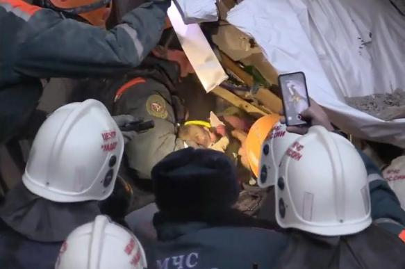 Спасенный из под завалов в Магнитогорске Ваня Фокин очнулся в больнице. 396801.jpeg