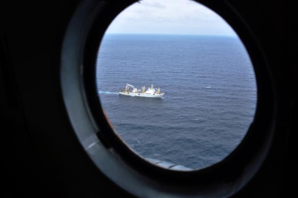 Китайские пограничники спасли 45 человек с потерявшего управление на реке Амур российского пассажирского судна. Море