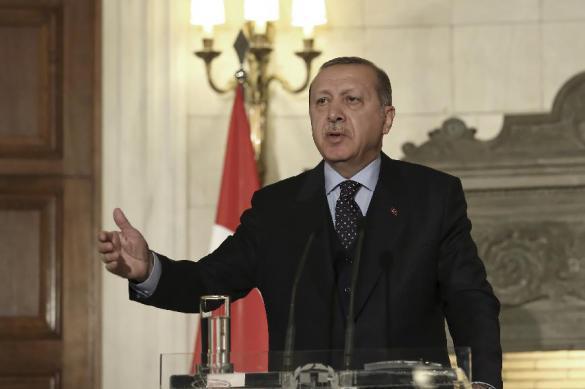 В Турции заявили о почти полном разрыве отношений с США. 390805.jpeg