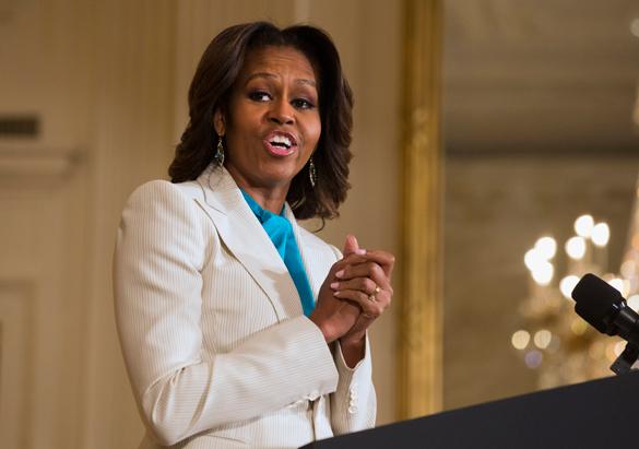 Мишель Обама пожертвовала имиджем ради неподходящего ей платья украинского дизайнера. 300806.jpeg