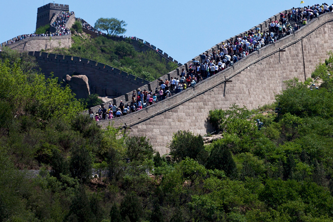 Треть Великой Китайской стены исчезло из-за плохой погоды и краж кирпича. Китайская стена