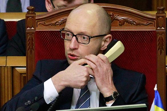 Интерпол займется розыском Арсения Яценюка