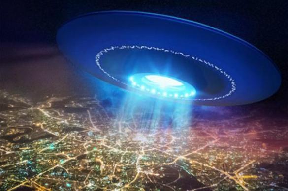 """""""Аэрофлот"""" опроверг информацию об обнаружении НЛО в небе над Москвой. 402811.jpeg"""