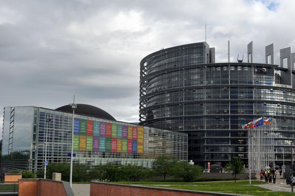 В Европарламенте подготовили резолюцию с обвинениями России в Brexit и вмешательстве в выборы.