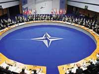 НАТО требует от Пхеньяна уничтожить ядерное оружие