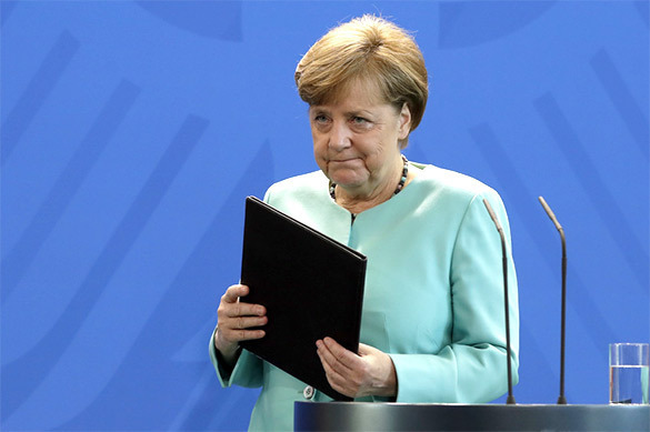 Меркель признала, что антироссийские санкции вредят немецкому бизнесу. Меркель признала, что антироссийские санкции вредят немецкому би