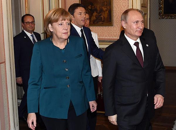 Политики ФРГ канцлеру: Все попытки насильно изменить статус России заканчивались кровопролитием. 305818.jpeg