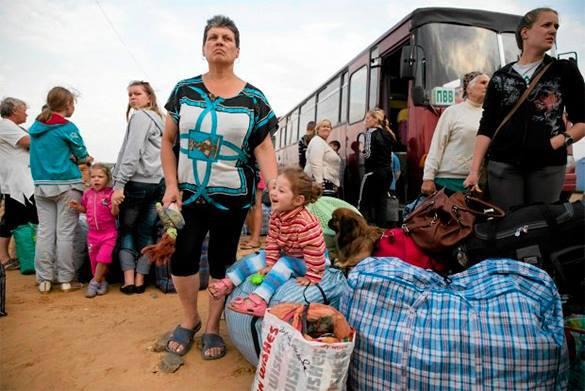 У беженцев из Украины привилегий в России нет - эксперт. Украинские беженцы