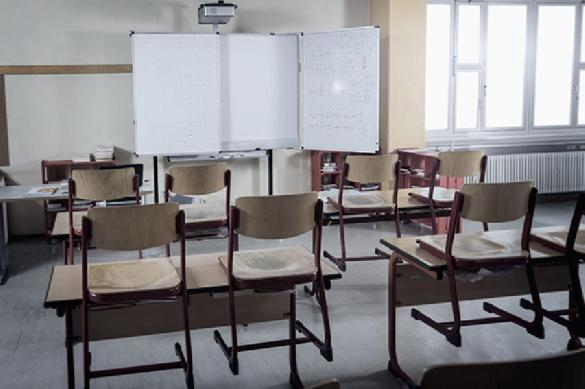 В уральских школах из-за мороза отменили занятия. В уральских школах из-за мороза отменили занятия