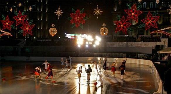 На Пушкинской площади Москвы в течение месяца будут показывать ледовое шоу. 304820.jpeg