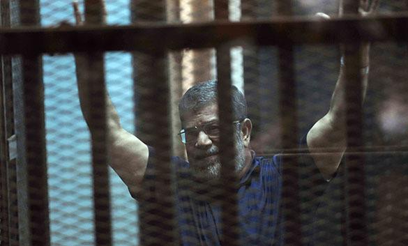 """Смертный приговор президенту Египта Мурси """"глубоко обеспокоил"""" США. Мурси"""