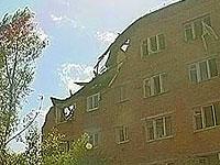 На месте взрыва дома в Омске начали работу следователи