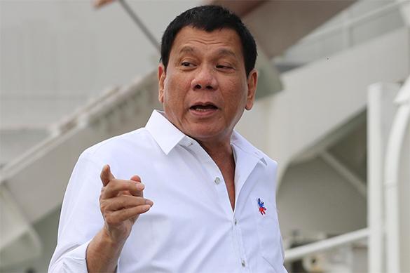 Дутерте объявил Путину, что срочно возвращается наФилиппины— Там погибают люди