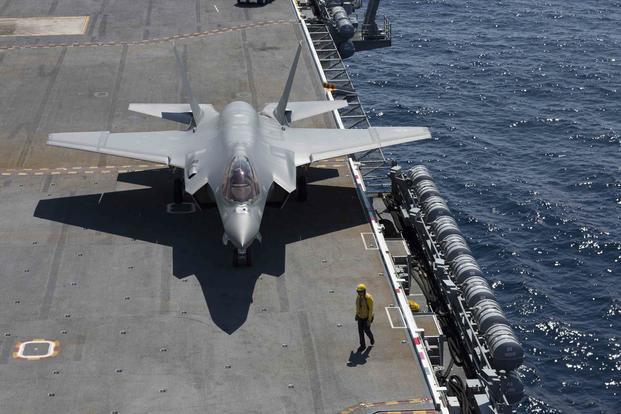 На вооружение ВМС США поступили истребители F-35 - ГРИГОРЬЕВ НОВОСТЬ ГОТОВО. 399825.jpeg