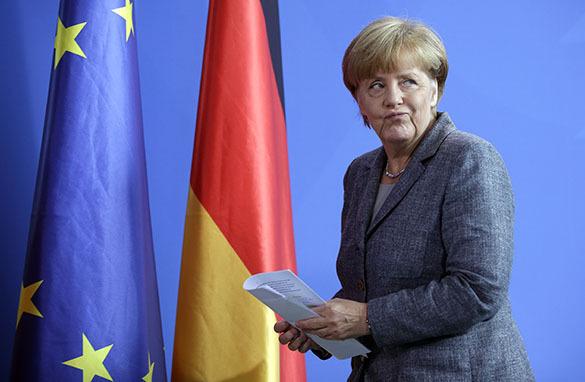 Politico: 5 способов сбросить Меркель с трона