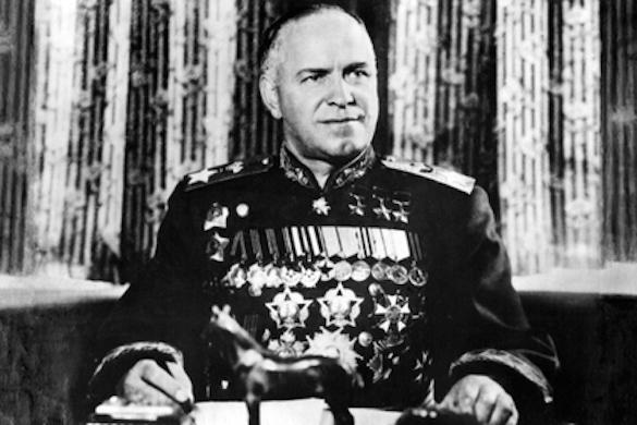 ВОдессе демонтировали памятную табличку маршалу Жукову