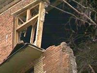 В Приморье под завалами дома ищут пропавшего жильца