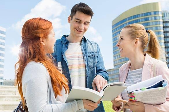 Большинство российской молодежи поддерживают политику президента России. 372828.jpeg