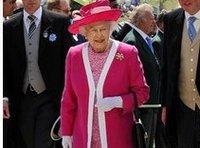Елизавета II раздала награды в честь своего дня рождения. queen
