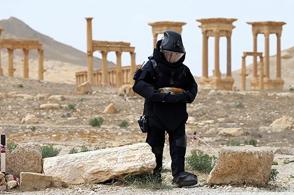Запад не рад освобождению Пальмиры