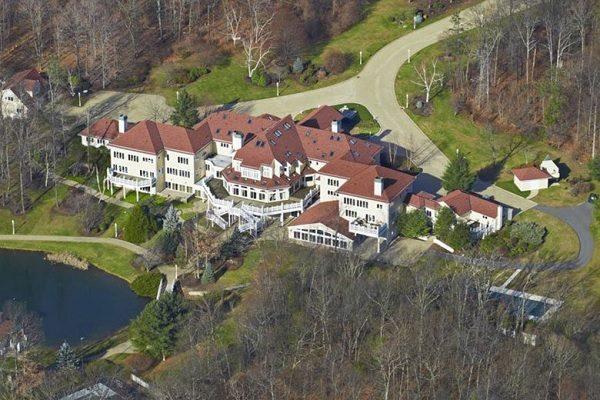 Дома знаменитостей, которые никто не спешит покупать. 404830.jpeg