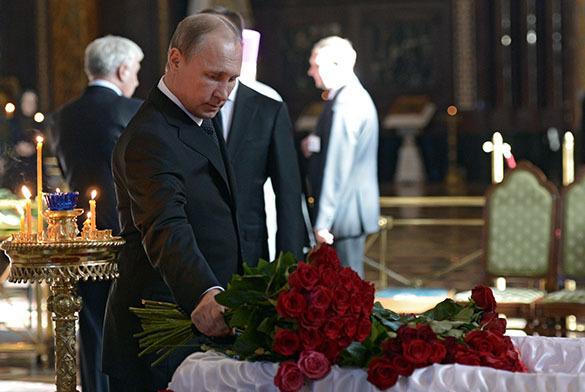 Президент России простился с Валентином Распутиным в Храме Христа Спасителя. Прощание в Распутиным