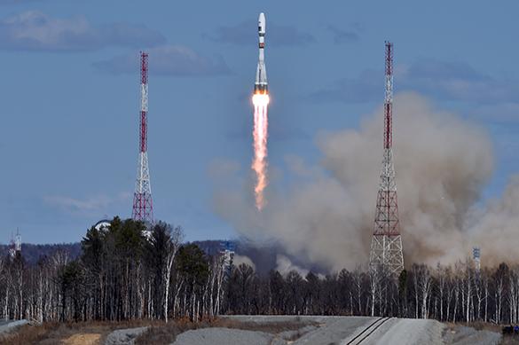 Путин поздравил Роскосмос и строителей Восточного с успешным