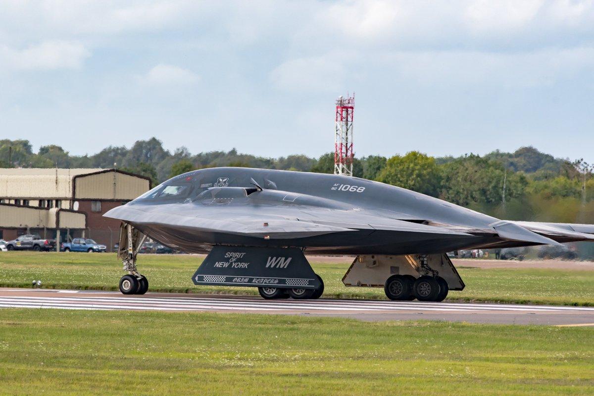 США перебросили стратегические бомбардировщики в Европу. 405838.jpeg