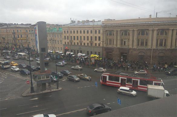 Установлена личность подозреваемого во взрыве метро в Петербурге