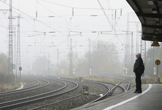 Один человек погиб и более десяти пострадали при сходе поезда на Сахалине. 302841.jpeg