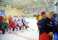 Хоккейная сборная узнает имя нового тренера до 20 июня. trener