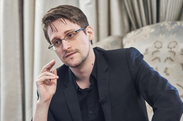 """Сноуден заявил о """"темных временах для прессы"""". 402846.jpeg"""