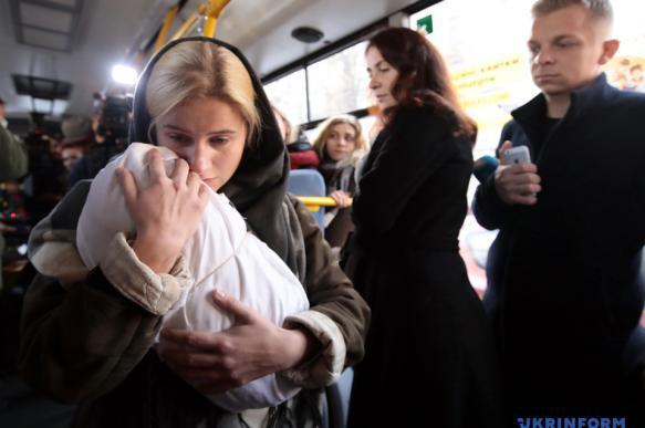 Ожившие жертвы голодомора расскажут о себе в киевских автобусах. 394847.jpeg