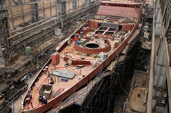 разведывательный корабль на судоверфи