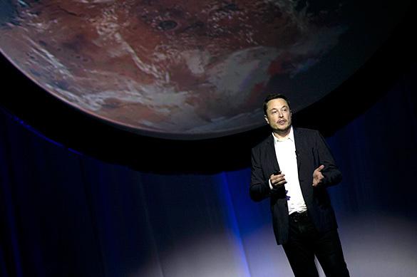 Илон Маск сможет полететь на МКС пока только на российской ракет
