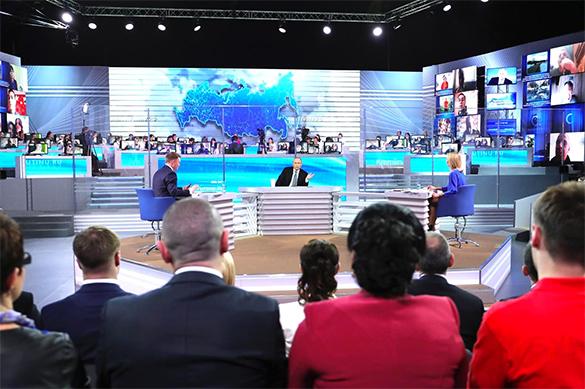 Россияне интересуются, с кем Путин хочет провести отпуск