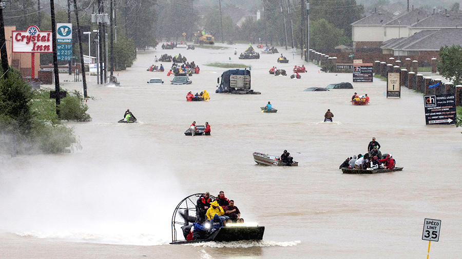 В Техасе прорвало дамбу: власти призывают жителей бежать прочь. В Техасе прорвало дамбу: власти призывают жителей бежать прочь