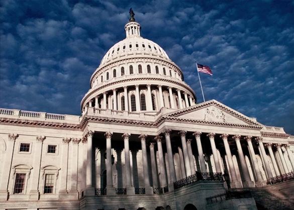 ИноСМИ: Санкциям - год. Запад ничего не добился. Здание Конгресса США