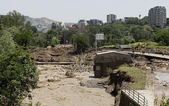 Власти Грузии подсчитали ущерб, нанесенный наводнением. Тбилиси, наводнение