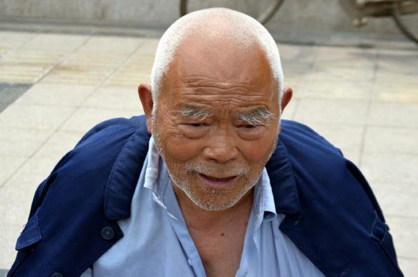 Китайским должникам запретили нормальную жизнь. Китайским должникам запретили нормальную жизнь