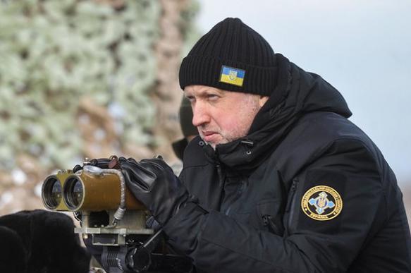 Турчинов заявил о подготовке России к