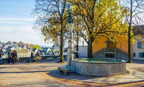 Как не быть бестолковым туристом?. Как почувствовать истинную атмосферу Цюриха